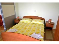 Makarska-obiteljska kuća s apartmanima