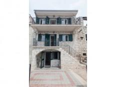 Gornja Podgora- kamena kuća