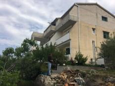AKCIJA! ! ! Tučepi - obiteljska kuća sa pogledom na more